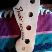 Fender Jazz Bass 1968-1975 3