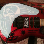 наклейка череп на деку гитары
