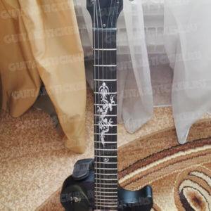 Наклейка дракон на гриф гитары