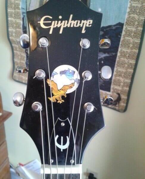 Купить наклейку на перо грифа гитары орел и планета Земля