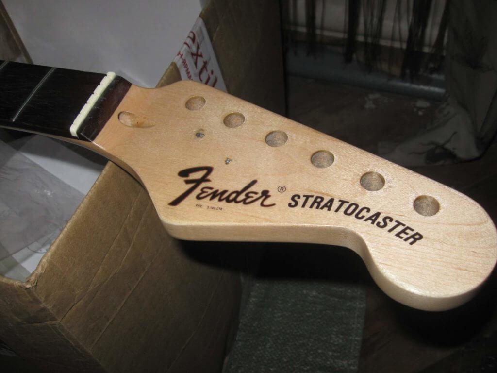Переводка на голову грифа Fender Stratocaster 1971-1976