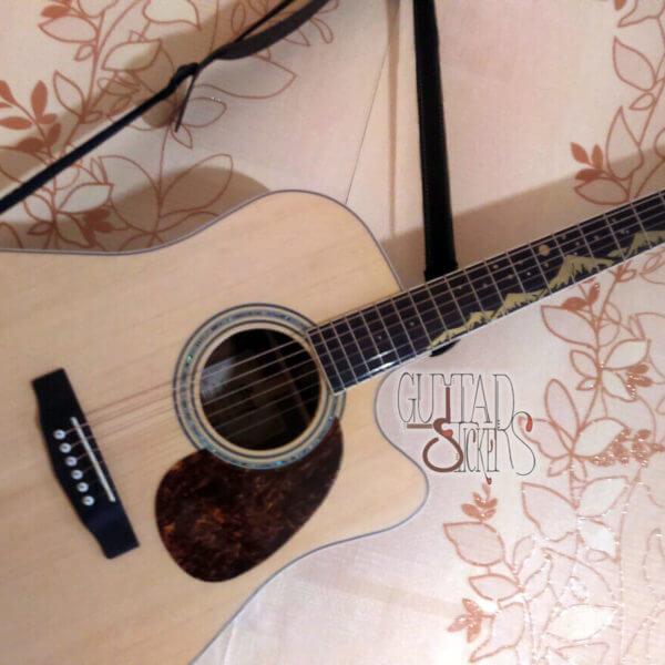 Как украсить гриф гитары наклейками горы