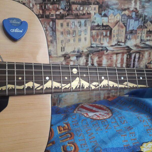 Купить виниловые наклейки для грифа гитары горы