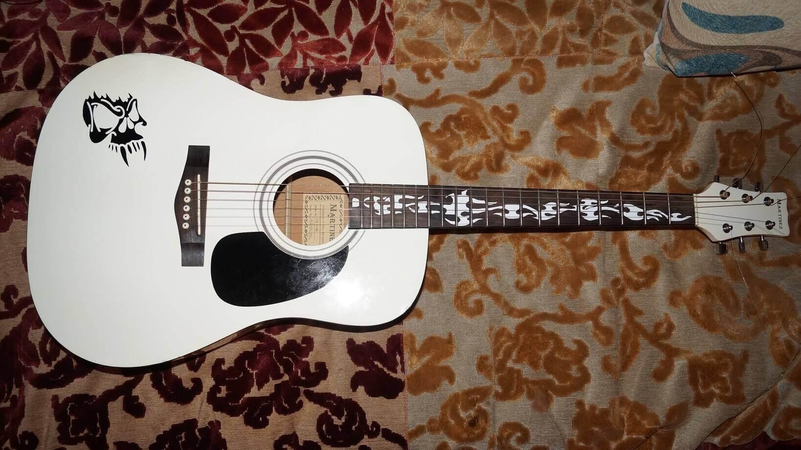 Надпись на грифе гитары своими руками