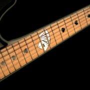 Купить наклейки в виде игральных карт на гитару