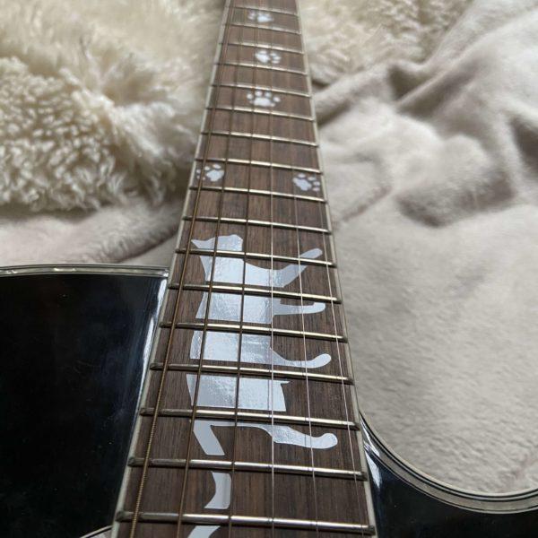 Кот наклейки на гриф гитары