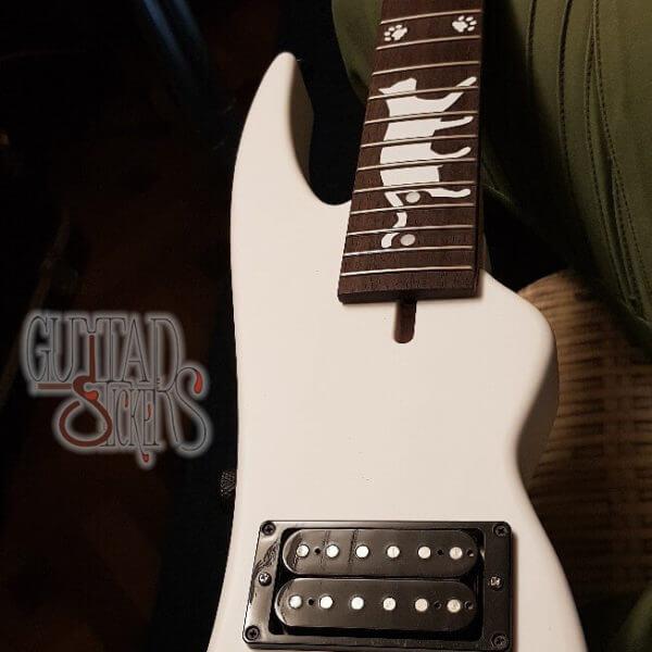 Купить наклейки на гриф гитары в виде лапок кота
