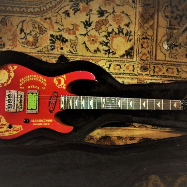 Купить виниловые наклейки ouija на гитару
