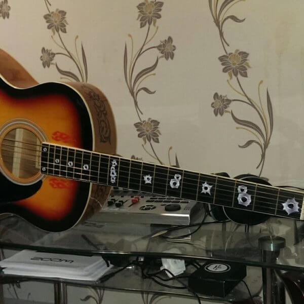Купить наклейки пулевые отверстия на гитару