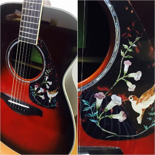 Как украсить деку и пикгард акустической гитары