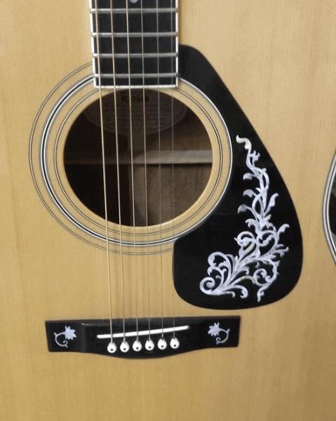 Красивые наклейки для гитары