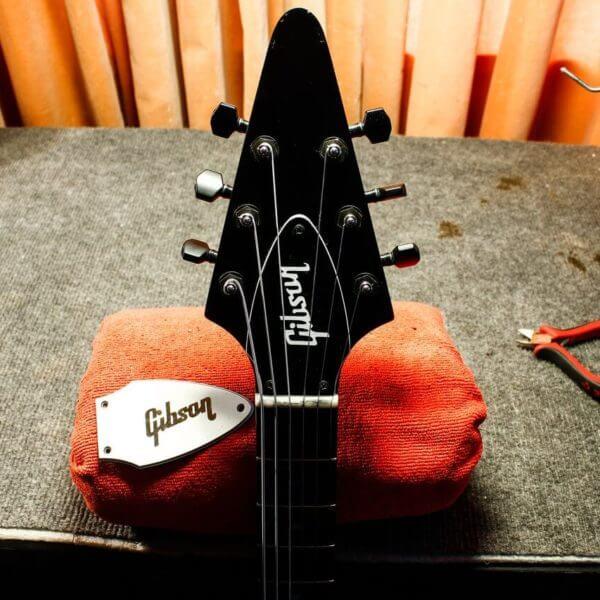 наклейка гибсон на головку грифа купить в интернет магазине guitar sticker
