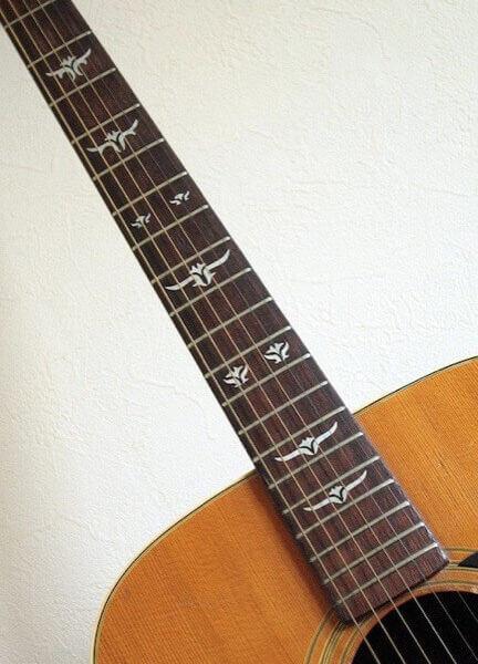 Наклейки на акустическую гитару на гриф