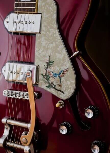 Купить наклейки для гитары в Москве