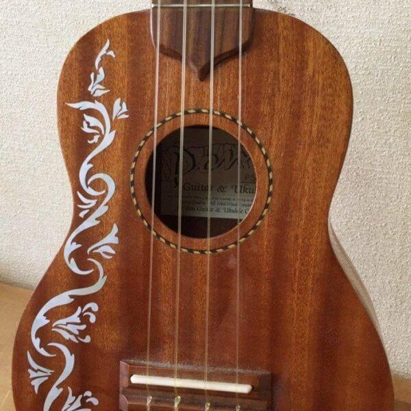 Украсить укулеле сапмостоятельно