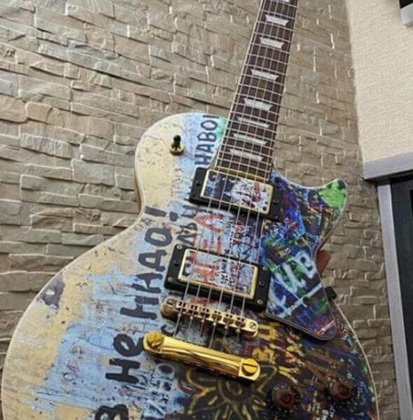 Гитарный скин стена цоя